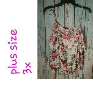 Plus size Women's sexy floral blouse nwot!